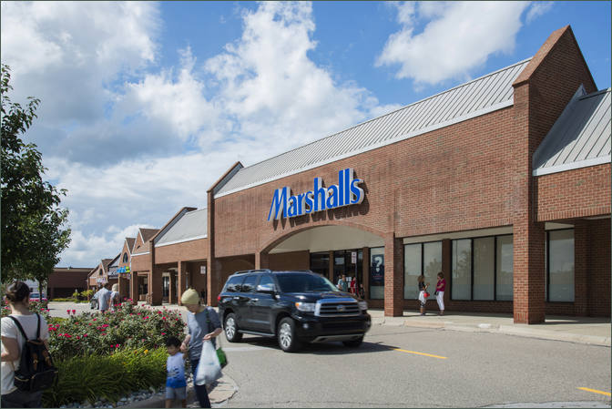 Novi MI West Oaks II Shopping Center Retail Space For Lease